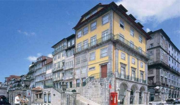 Porto_Carlton