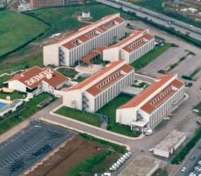 Edifício Sede e Instalações Fabris